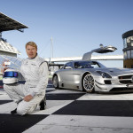Mika Hakkinen to race in GT Asia