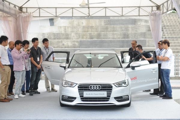 Alex Yoong Pre-Brief at Audi Urban Driving Course (11) (600x399)