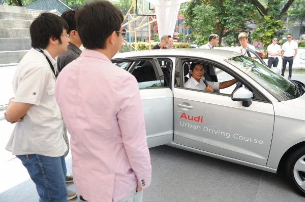 Alex Yoong Pre-Brief at Audi Urban Driving Course (13) (600x399)