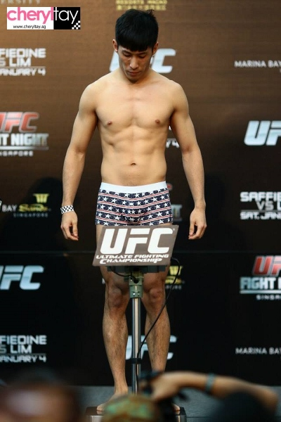 weigh in (11) (400x600)