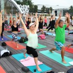 Yoga at the Harbour: lululemon X R-evolution