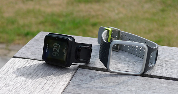 TomTom-Runner-out-of-strap