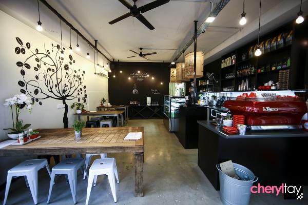 Lot 1 surfers paradise cafe