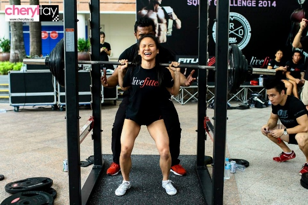 singapore squat challenge 2014 (11) (600x400)