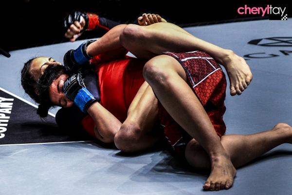 Fight 1 (1) (600x400)