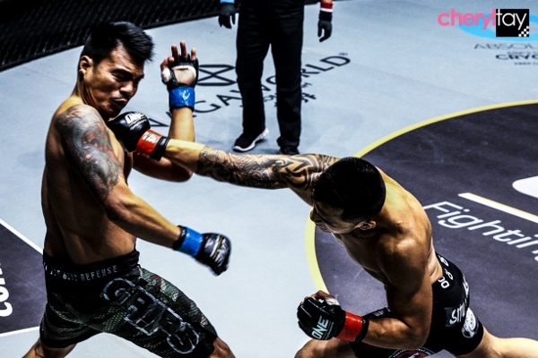 Fight 4 (2) (600x400)