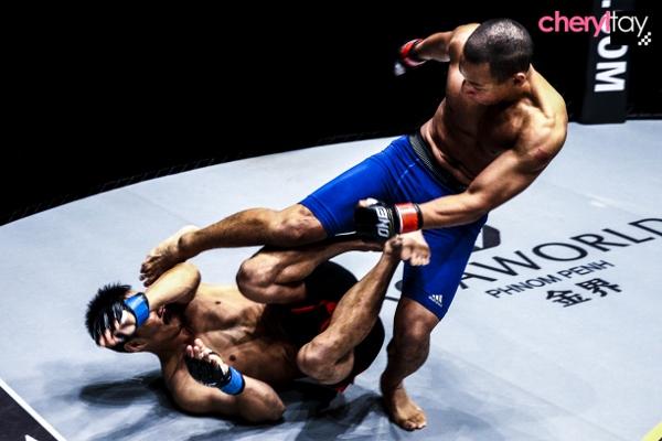 Fight 5 (600x400)