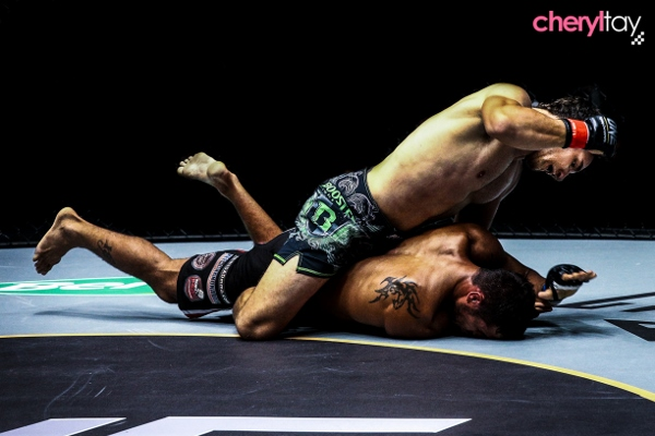 Fight 6 (3) (600x400)