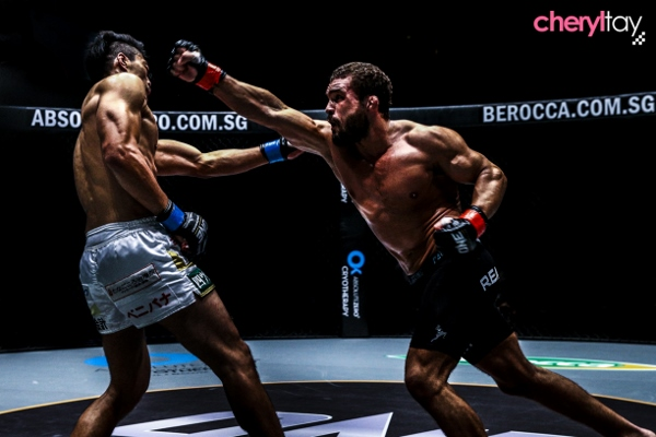 Fight 7 (3) (600x400)