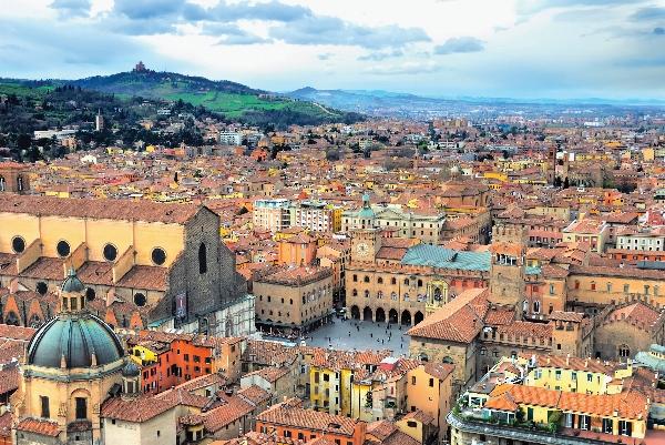Bologna (600x401)