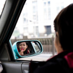 5 bad habits women drivers have